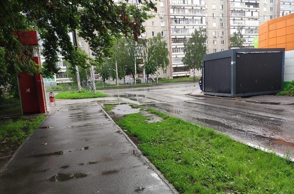 Место, где иномарка сбила ребенка Фото: отделение пропаганды ГИБДД Екатеринбурга