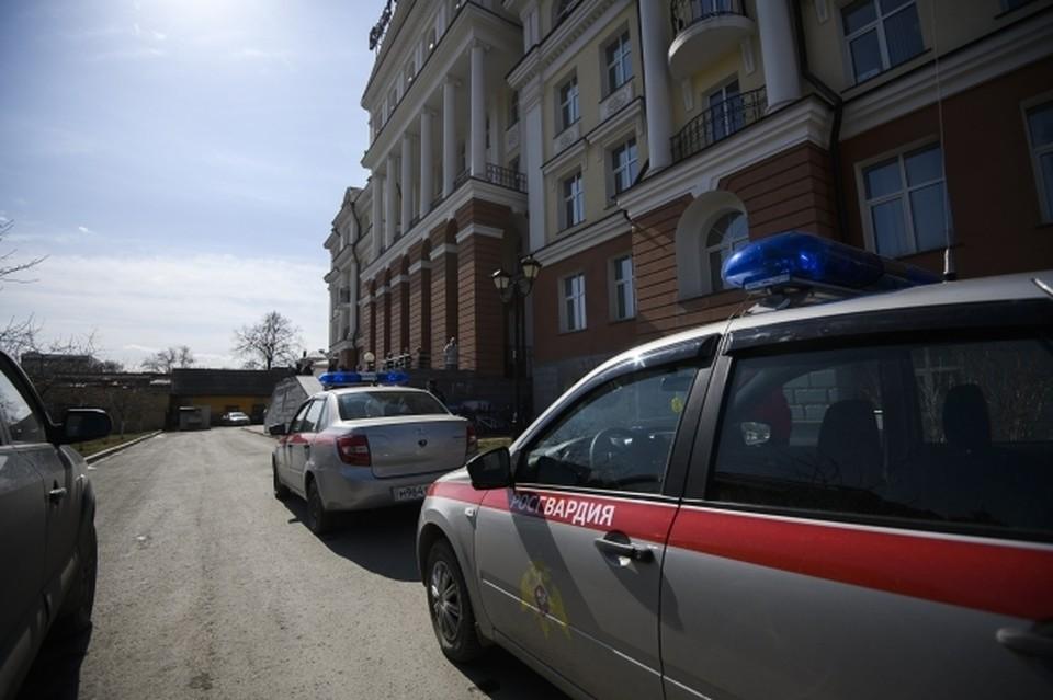 Дебошир из Сафоново сядет в тюрьму за нападение на сотрудника Росгвардии.