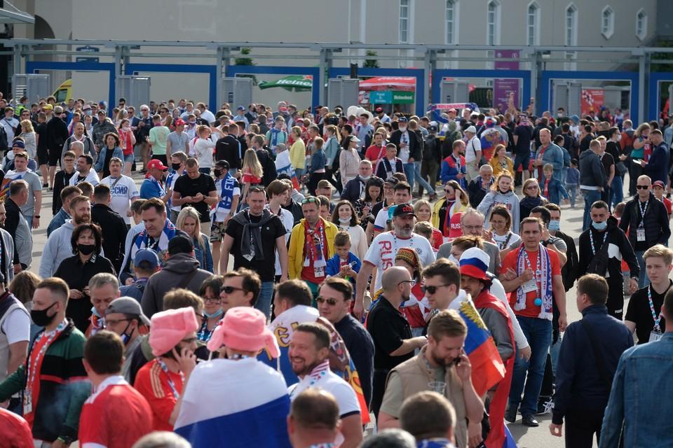 Финских болельщиков оштрафовали за оскорбление фанатов Бельгии во время матча ЕВРО-2020 в Петербурге