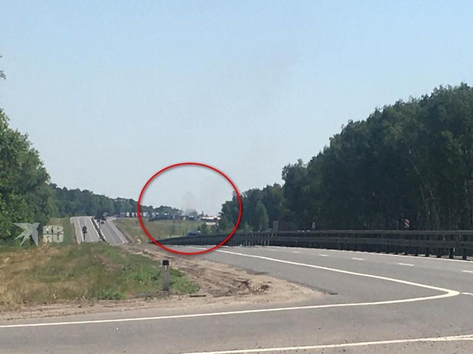 Под Рязанью загоревшая фура перекрыла трассу М-5.