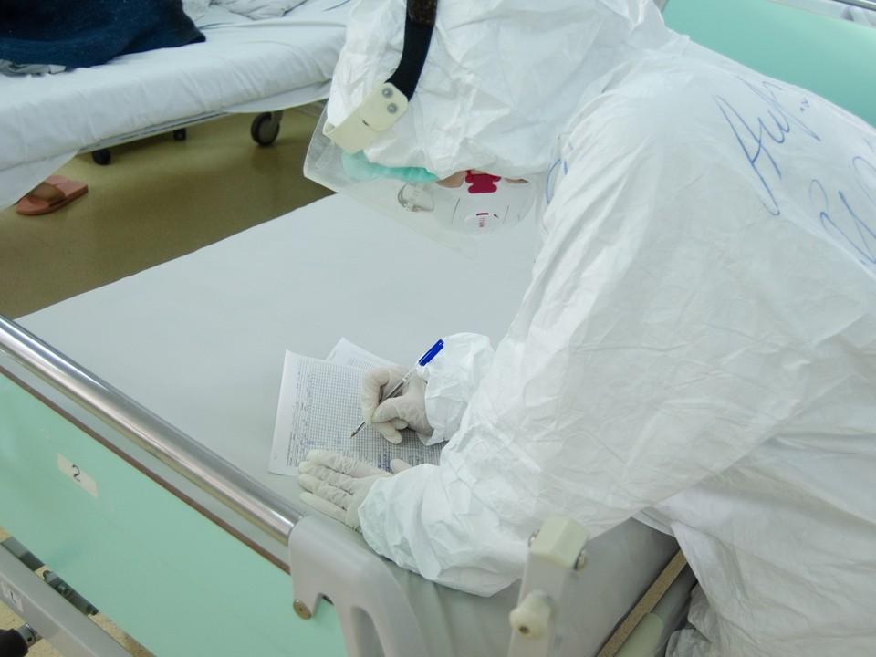 Больница начнет принимать пациентов с коронавирусом 15 июля.