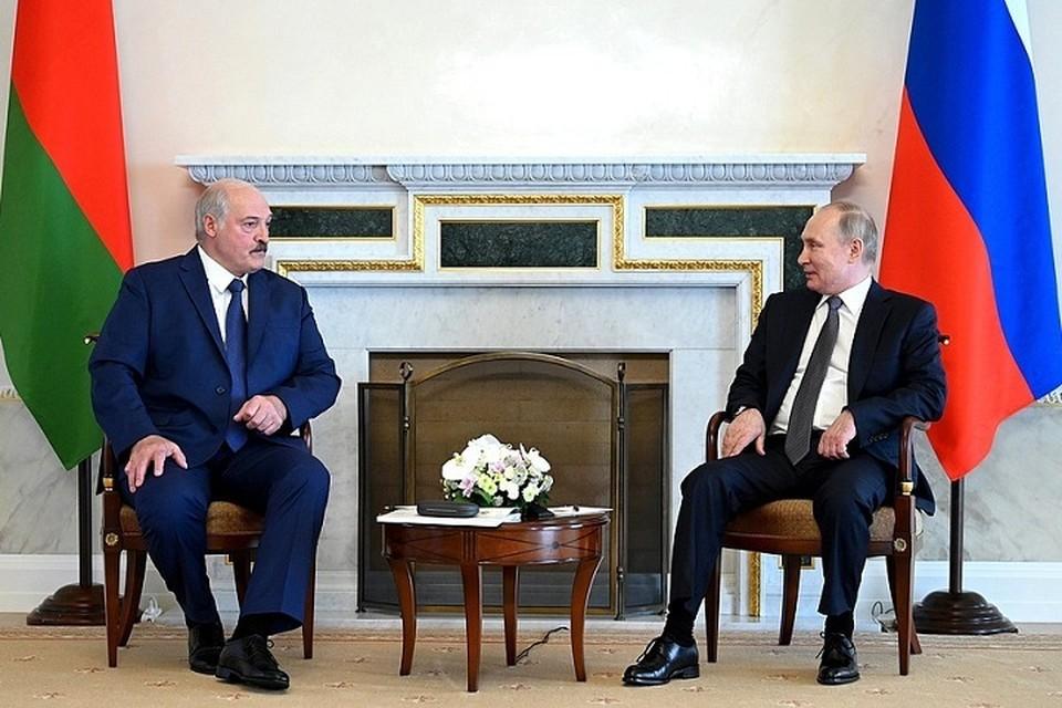 """Лукашенко рассказал Путину, что происходит в Беларуси, и подчеркнул - """"каждый день что-то меняется"""". Фото: пресс-служба Кремля"""