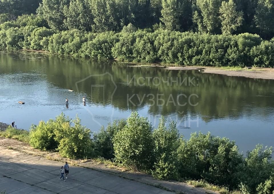 Мэрия Кемерова рассказала о невозможности установки понтонного моста через Томь. Фото: «Кузбасс Онлайн».