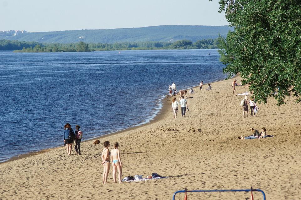 Самарцев призывают отдыхать только на официальных пляжах