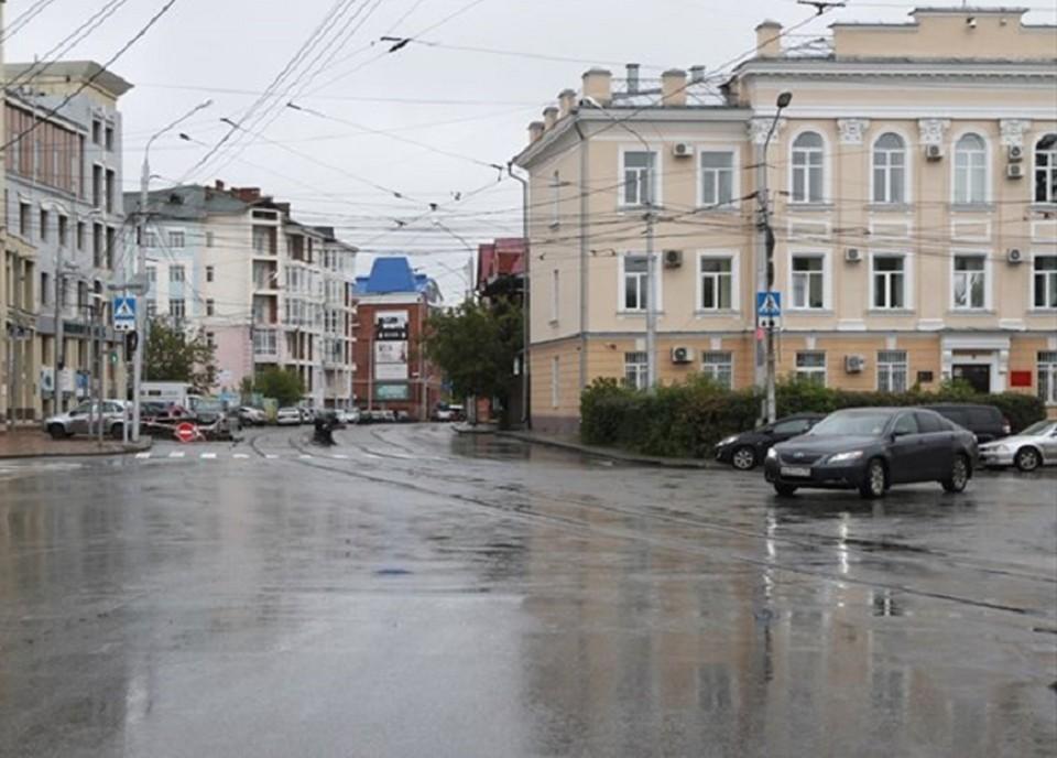 Сейчас за окном +18, пасмурно. Синоптики прогнозируют дождь и сильный ветер. Берегите себя, по возможности оставайтесь дома. Фото Валерия Доронина, пресс-служба мэрии Томска.