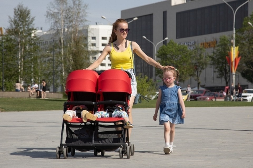 Свыше 1200 семей в Томской области с января по июнь 2021 года стали многодетными. А в одной из семей нынче появился на свет 12-й малыш.