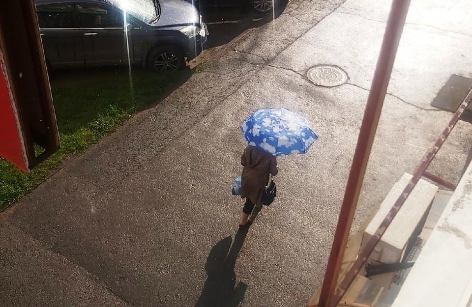 На выходных должно потеплеть, но местами все еще будут идти дожди. Фото: Веселовская Анна