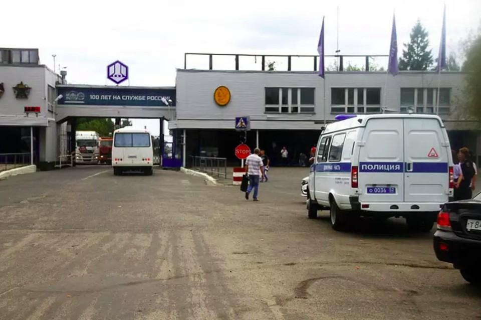 Двое пострадавших при взрыве на заводе Свердлова находятся в реанимации
