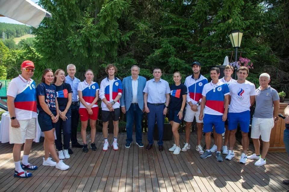 Российские спортсмены прибывают на Сахалин для акклиматизации и подготовки перед состязаниями в восточной части планеты