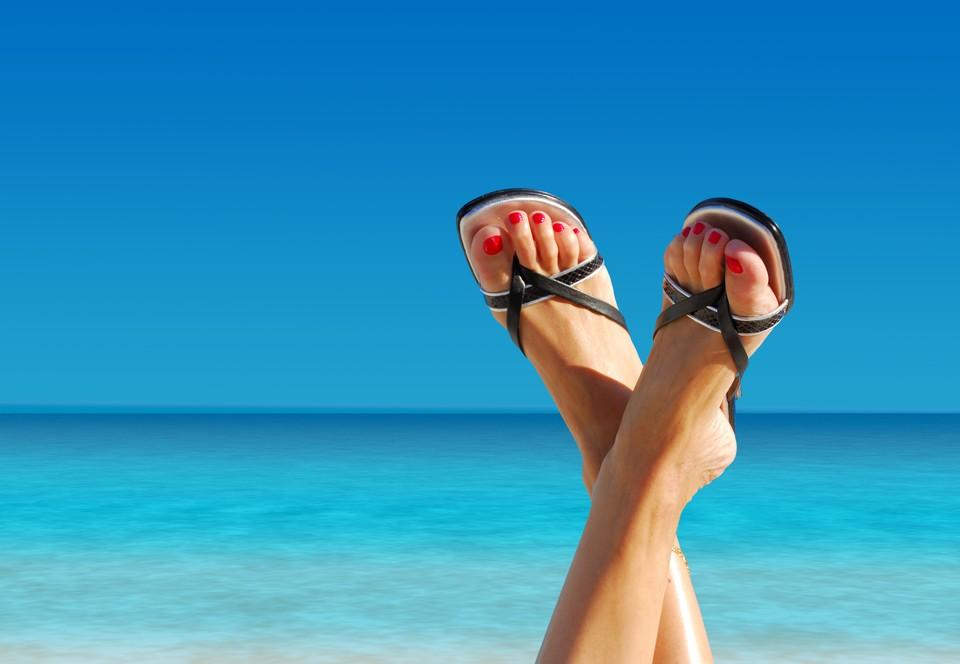 К летней обуви особые требования.