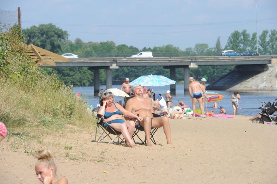 Ученые назвали две теории возникновения аномальной жары в Петербурге