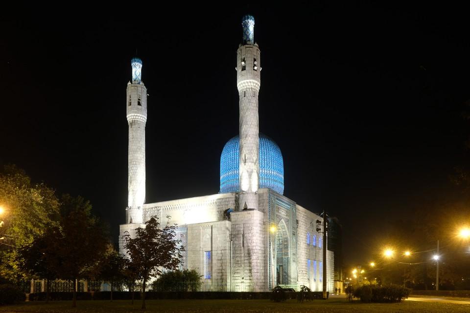 Мечети и молельные дома Петербурга закроют для верующих в Курбан-байрам из-за коронавируса
