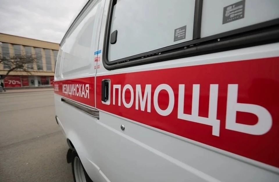 На переднем рубеже - машины с красным крестом на борту. Фото: архив «КП»-Севастополь»