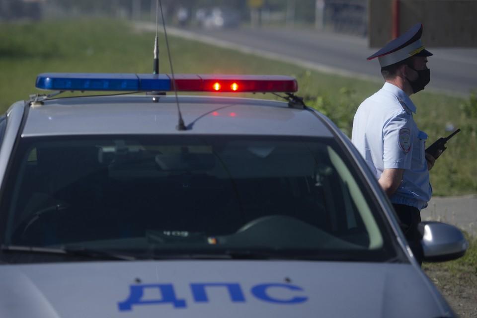 Экс-полицейский из Бурятии и его брат депутат продавали водительские права без экзаменов