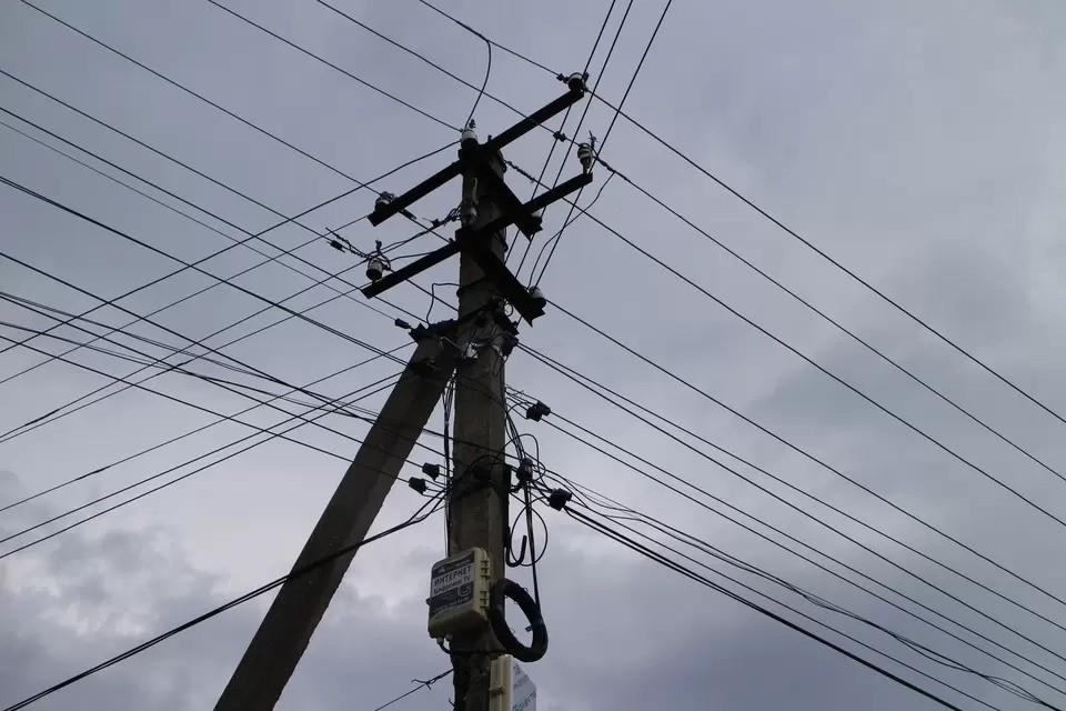 На Крымском полуострове приводят в порядок электросети