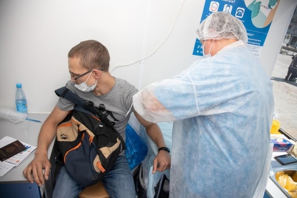 В Ростове еще остались пункты вакцинации, где прививку могут поставить хоть сегодня