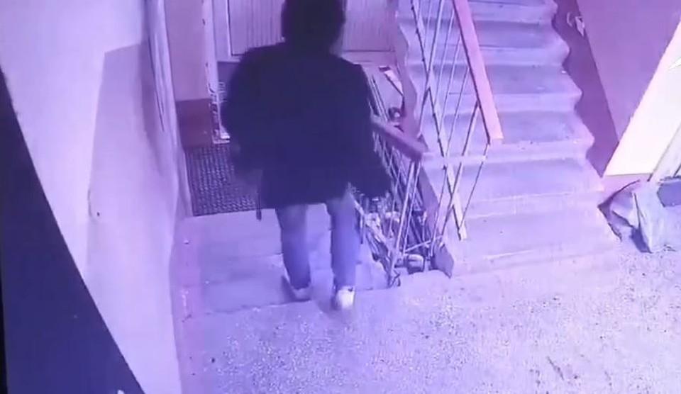 В Тюмени задержали серийного похитителя велосипедов. Скриншот из видео.