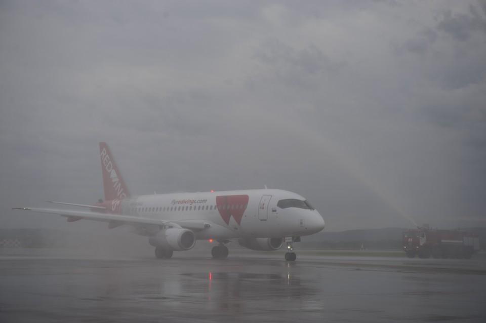 Самолеты не смогли приземлиться из-за тумана