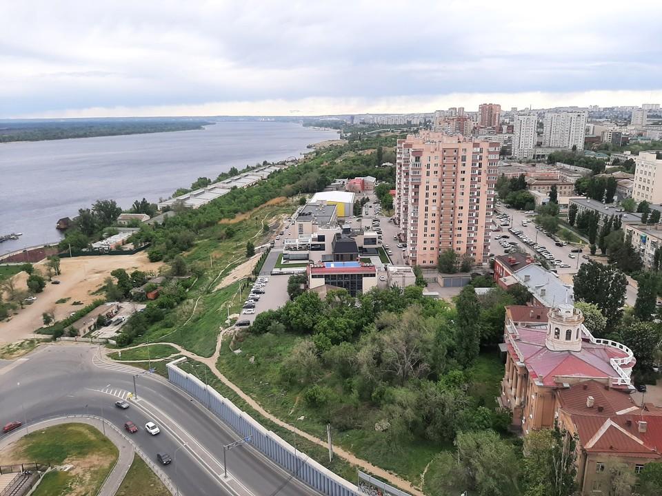 Если связать Сарпинский с Ворошиловским и Красноармейским, попасть на юг города реально за 15 минут.