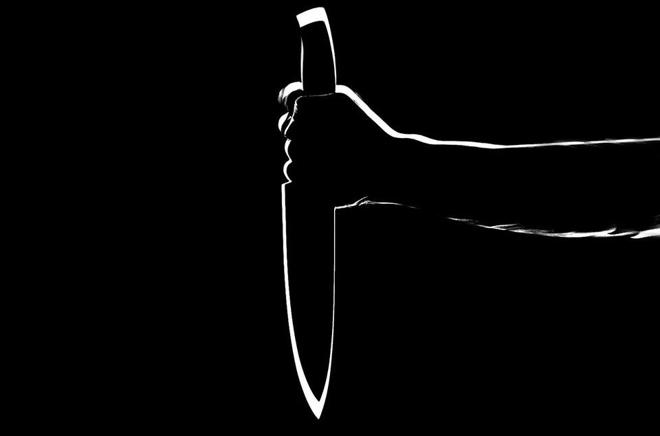 Астраханец зарезал своего знакомого из-за ревности