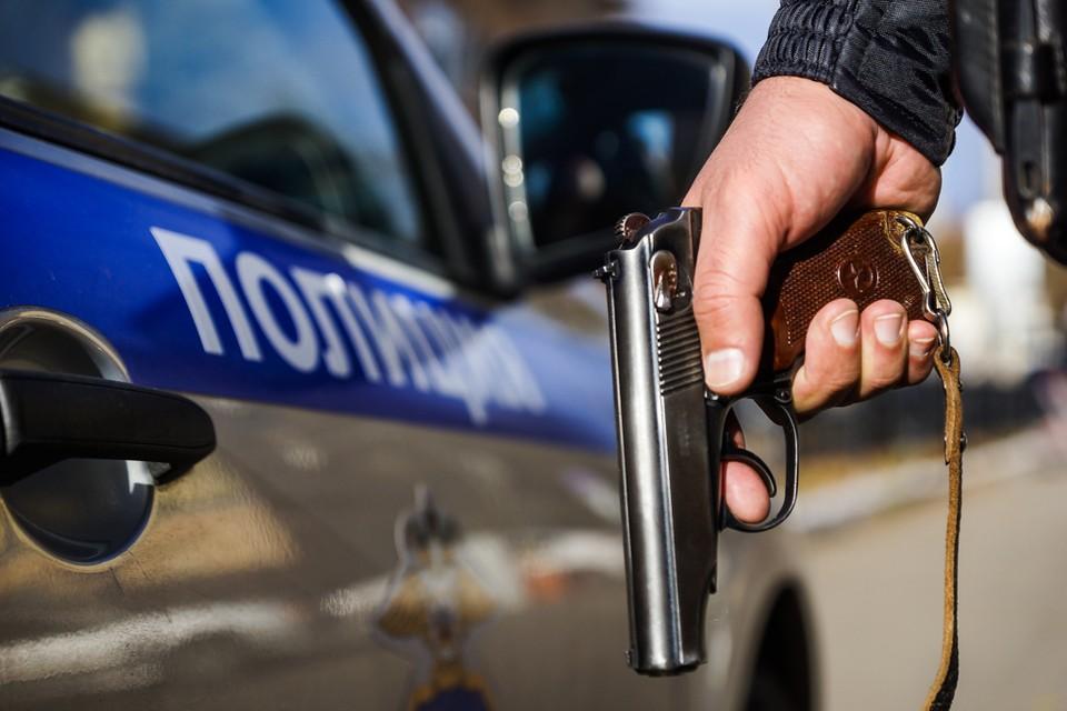 Дело дошло до потасовки, разнимать конфликтующих прошлось полицейским