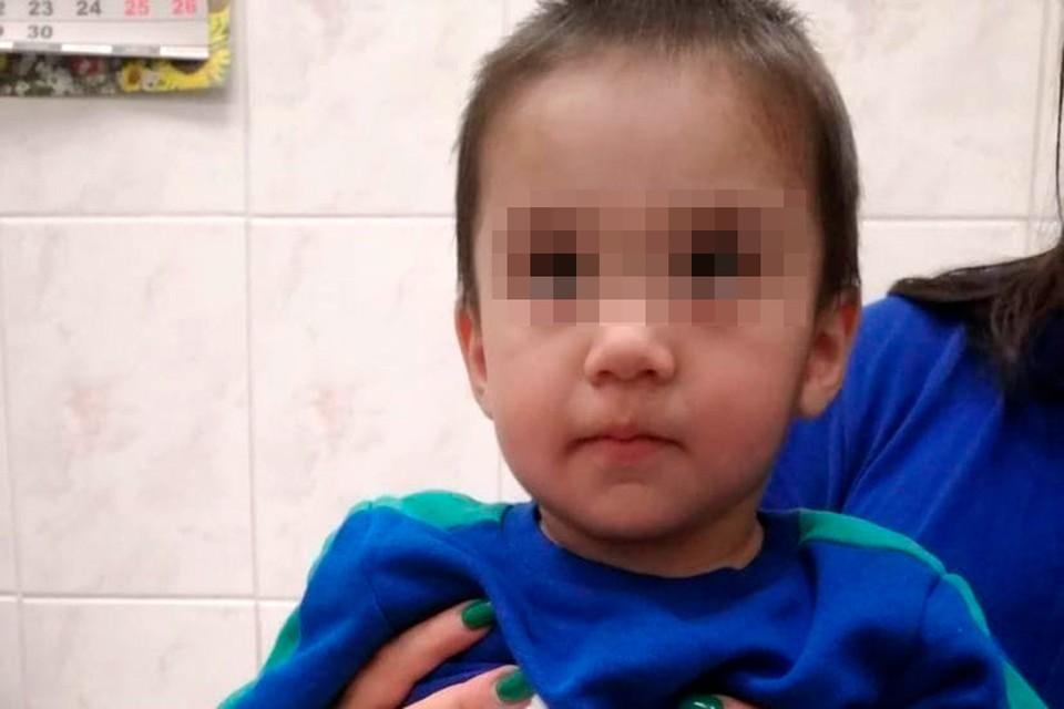 В Подмосковье нашли малолетнюю девочку с сумкой детских вещей