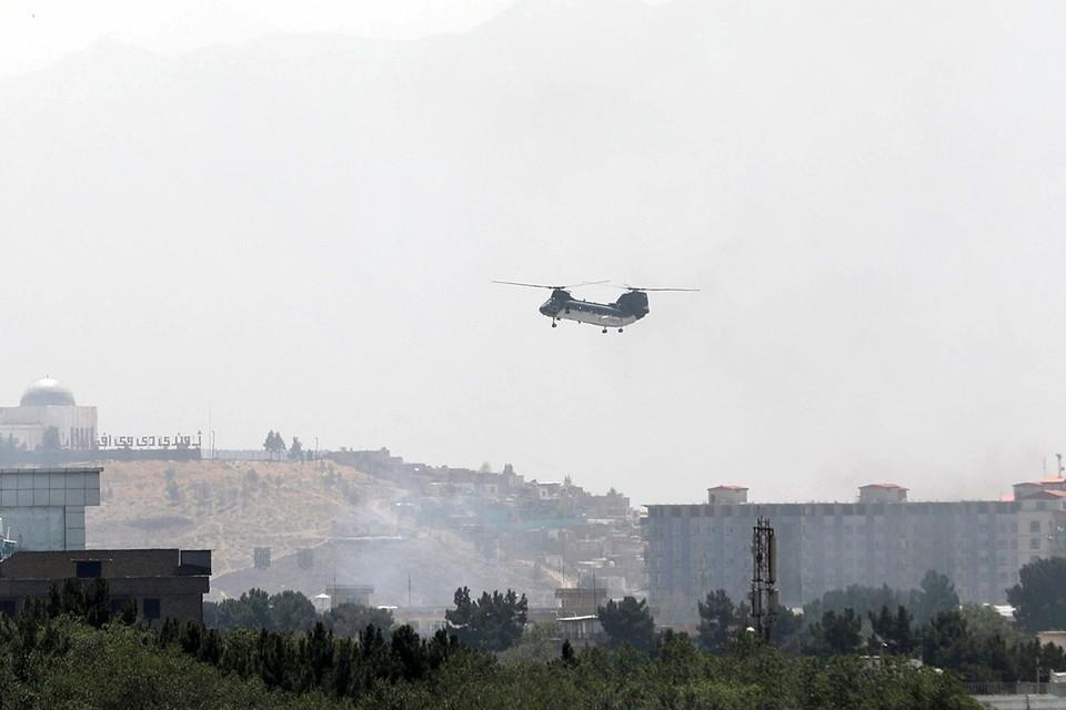 Посольство РФ в Кабуле обещало помочь с переездом в Россию согражданам афганского происхождения