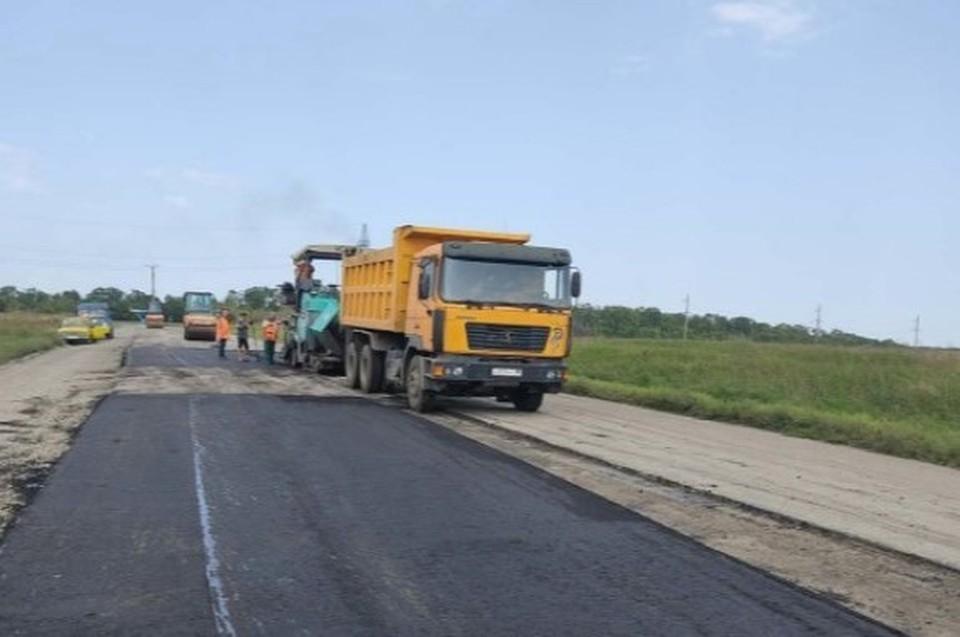Работы по ремонту дороги выполняются согласно графику. Фото: Минтранс ДНР