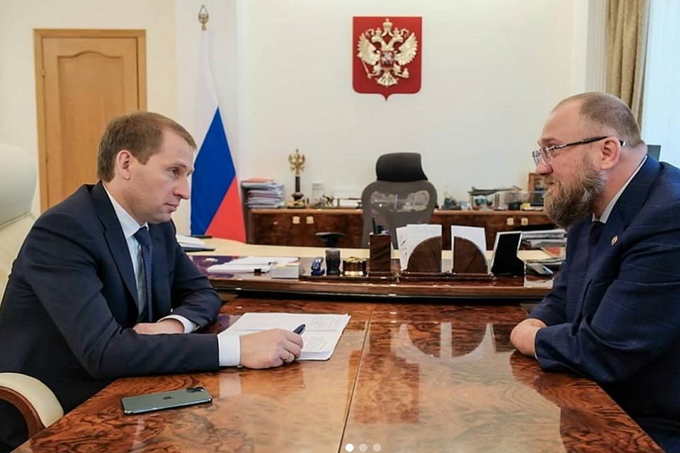 Сергей Бурлаков встретился с министром природы России Александром Козловым. Фото: соцсети
