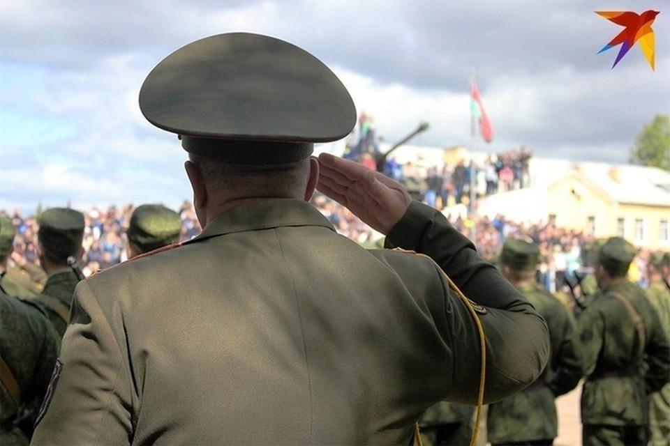 Лукашенко высказался о функции военруков в школах