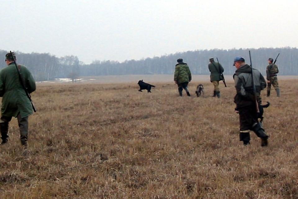 Охотников просят соблюдать технику безопасности и придерживаться правил.
