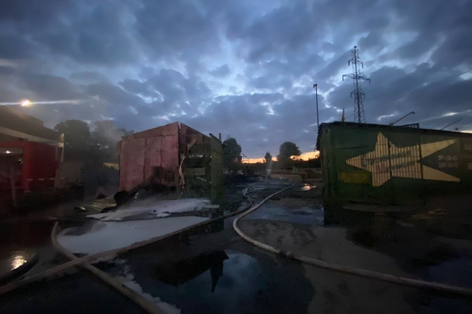 Прокуратура начала проверку после пожара в Новосибирске, где погиб 76-летний мужчина. Фото: ГУ МЧС по НСО