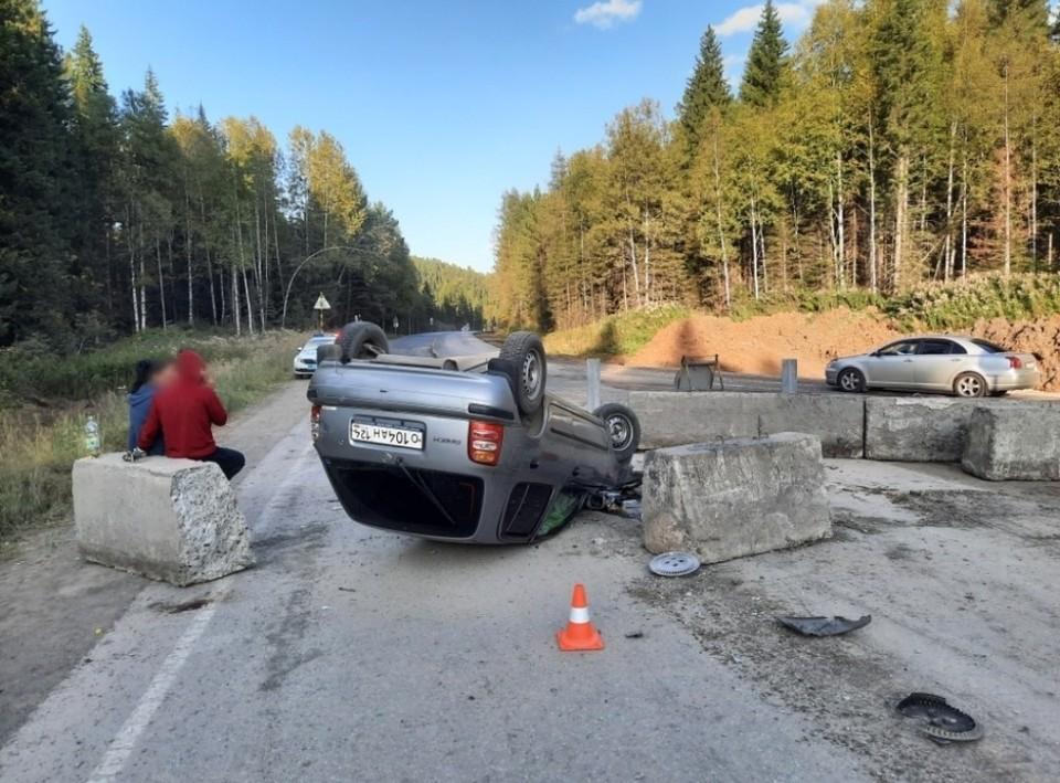 В Красноярском крае на трассе в ДТП из-за пьяного водителя пострадали три человека. Фото: ГИБДД Красноярского края