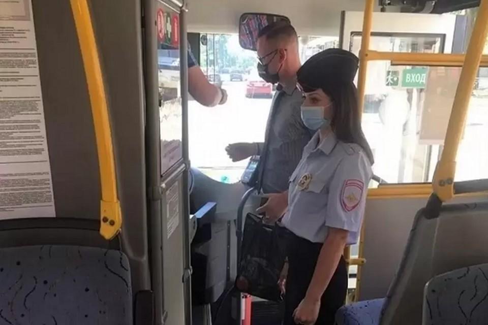 Во время проверки оштрафовали четырех водителей. Фото: сайт правительства РО