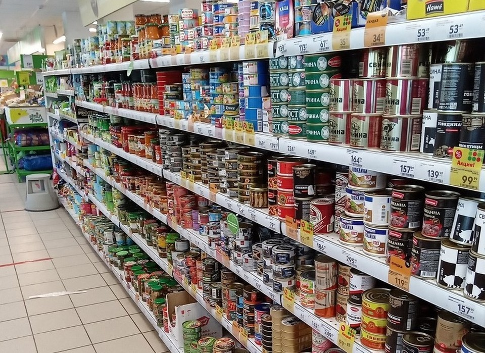 Тюменцам рассказали, как выбрать качественные консервы