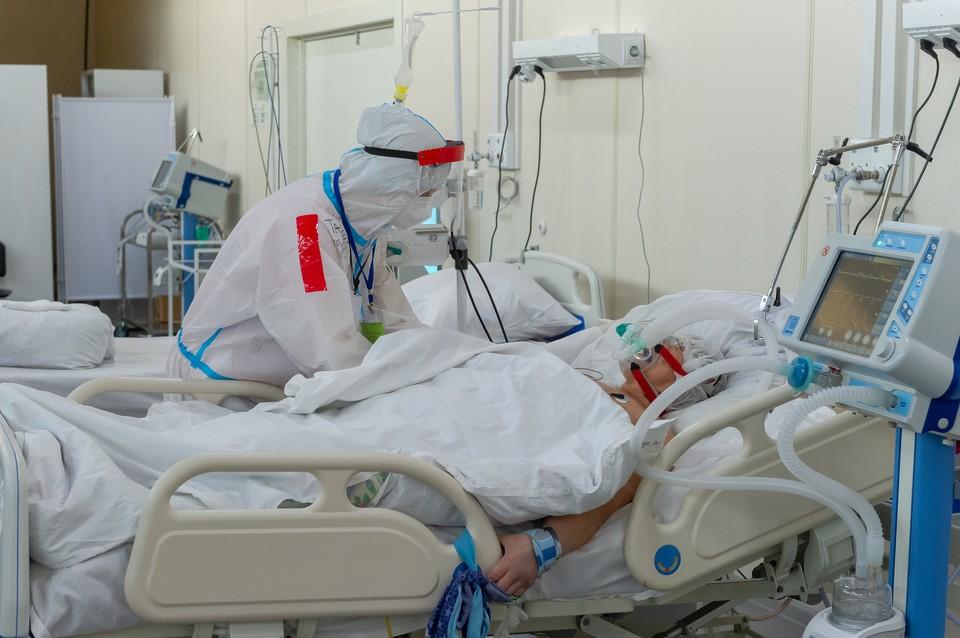 Люди дольше пребывают на лечении в больницах, что увеличивает нагрузку на и без того загруженную систему здравоохранения и врачей