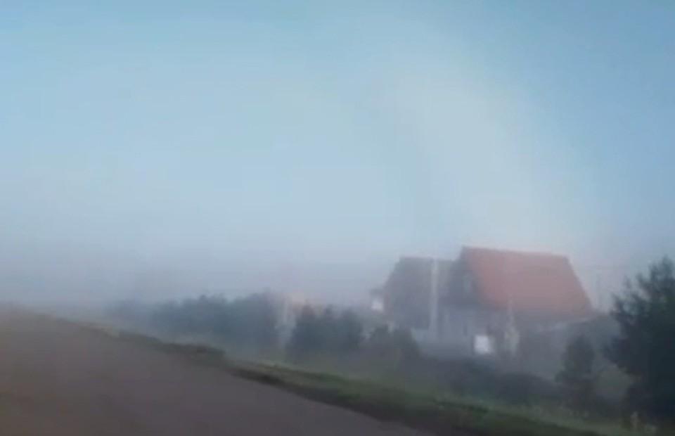 Большеречье на несколько часов превратилось в туманный Альбион. Фото: скриншот видео («Наша Иртышская правда»)