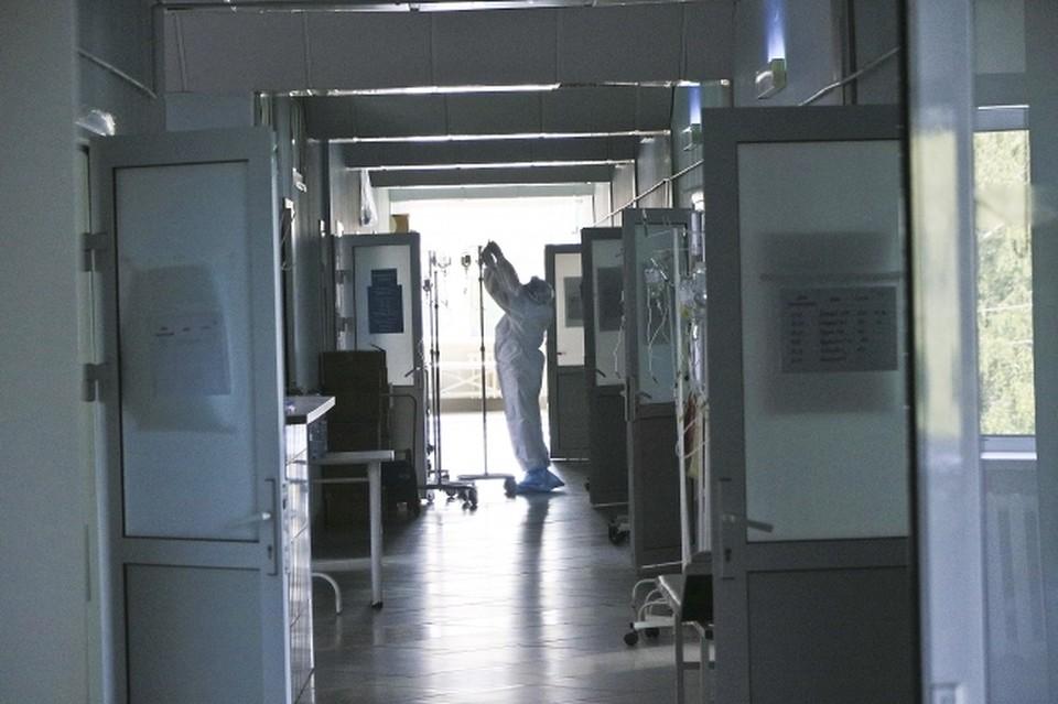 На инвазивной ИВЛ в тяжелом состоянии сейчас находятся 37 человек