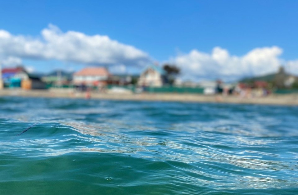 Температура воды в Амурском заливе +23°C, в заливе Посьета +24°C, в бухте Находка +21°C