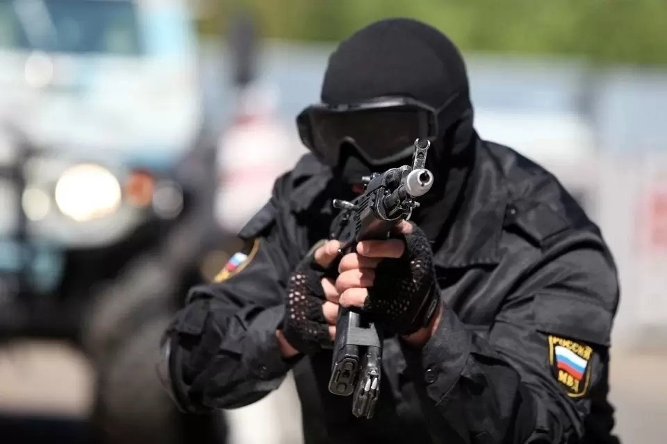 В средствах связи правоохранители обнаружили переписку с членами террористической организации, подтверждающая их преступные намерения