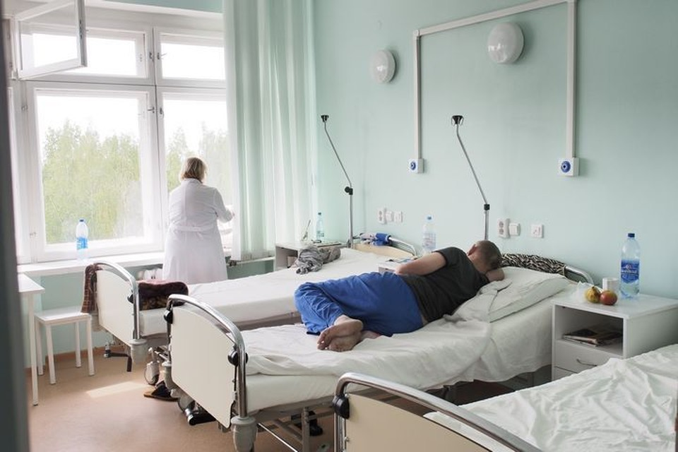 В коронавирусных госпиталях Тульской области остаются 625 пациентов