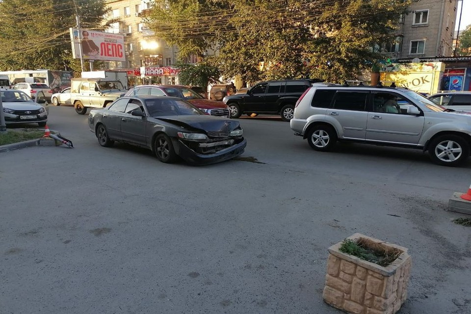 Травмы, полученные водителем, оказались настолько серьезными, что он не выжил. Фото: Госавтоинспекция по Новосибирску