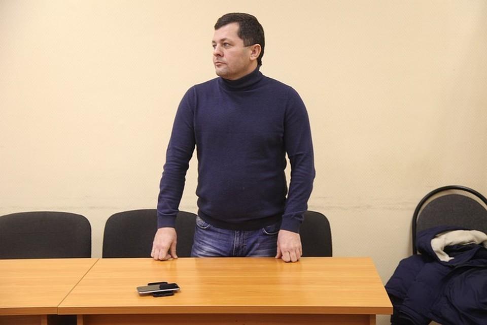 После перерыва в два года Юрий Бесхмельницын снова будет вынужден отвечать за свои махинации в суде.