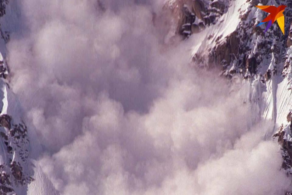 Лавины в Хибинах сходят не только зимой.