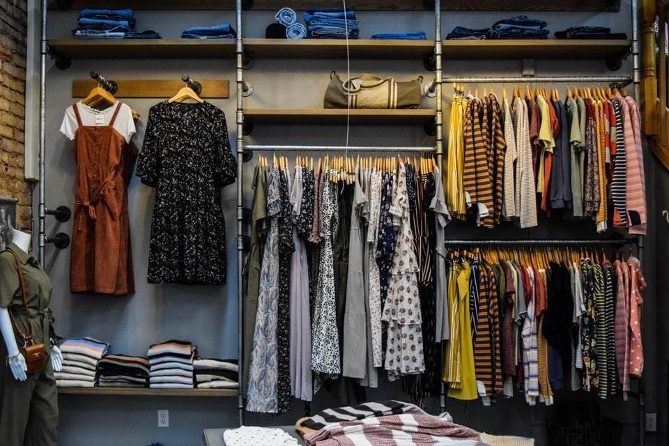 В Ижевске открывается новый магазин брендовой одежды. Фото: unsplash.com