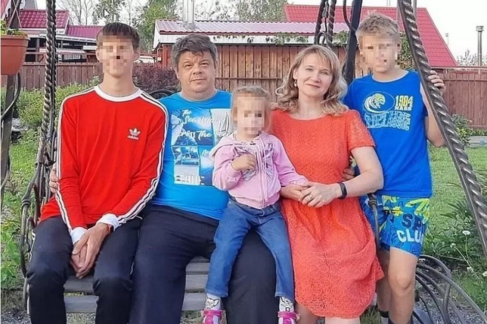 Семья Пухачевых ехала домой в Екатеринбург. Фото: СОЦСЕТИ