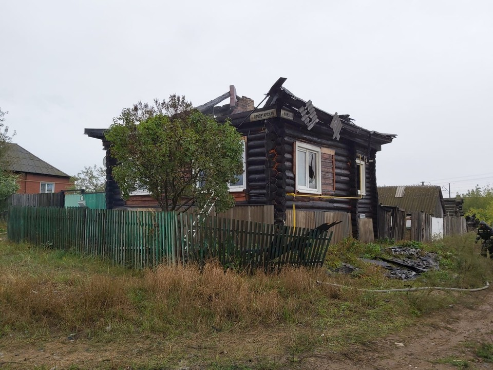 Пожар начался утром 9 сентября Фото: СУ СКР по Ур