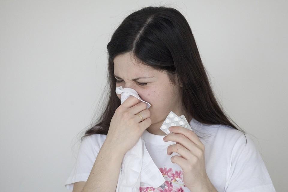 Врач рассказал, как облегчить симптомы аллергии и избавиться от нее навсегда.