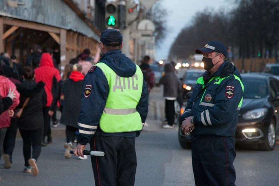 В Ярославской области 71-летний водитель предложил взятку сотрудникам ДПС