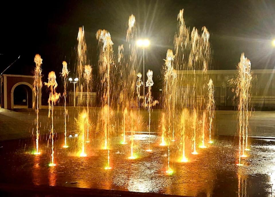 На центральной площади Когалыма завершили реконструкцию фонтана Фото: Администрация города Когалыма